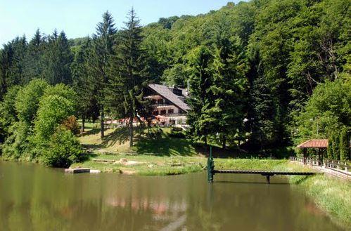 Jastrebac - jezero
