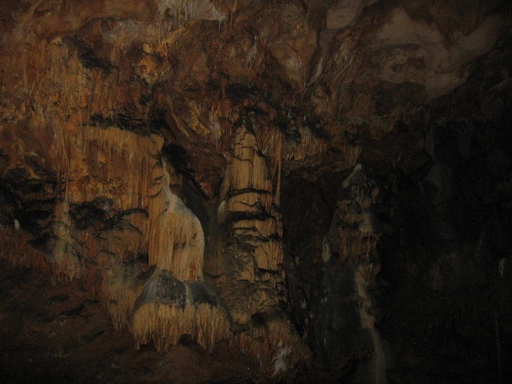 Prekonoška pećina