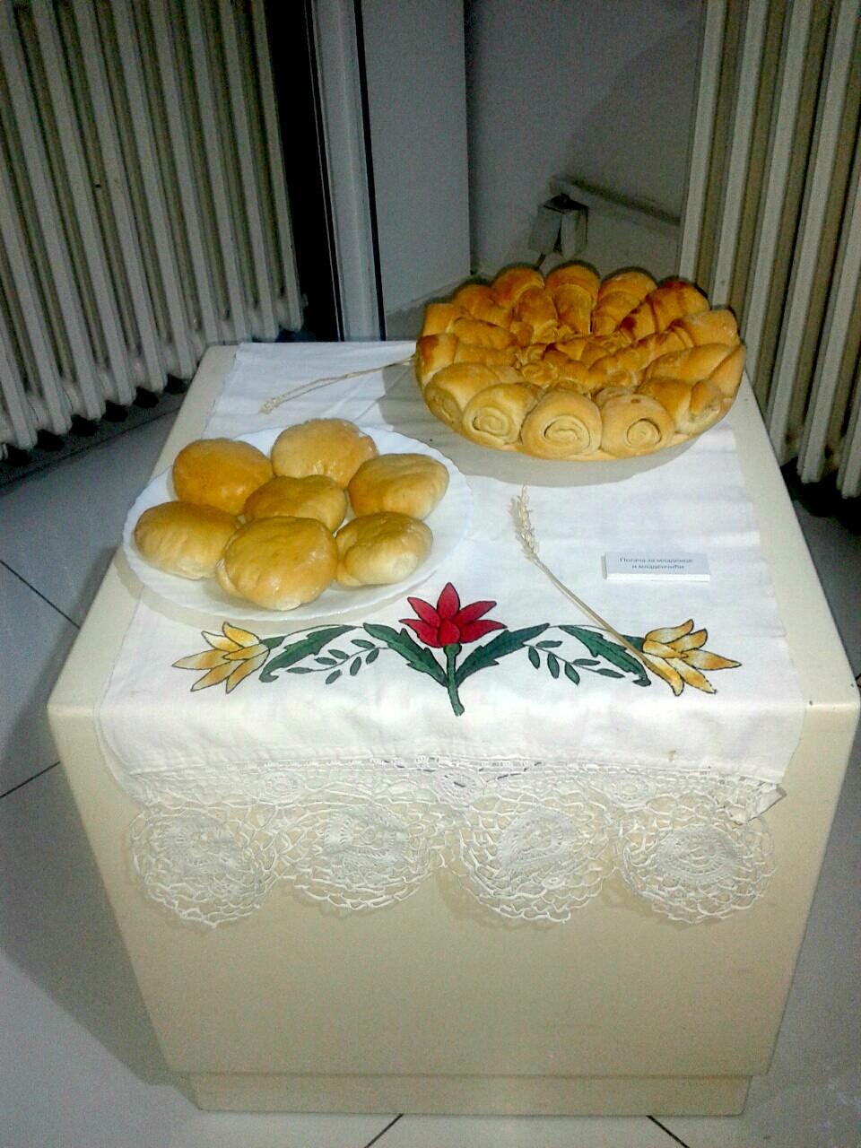 Obredni hlebovi u porodičnim običajima